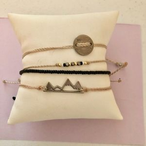 Pura Vida Bracelets (Lot of 4)